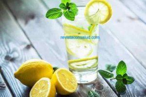 Es Buena el Agua con Limón para la Diarrea