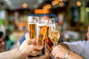 Por Qué mi Aliento Huele a Alcohol sin Haber Tomado