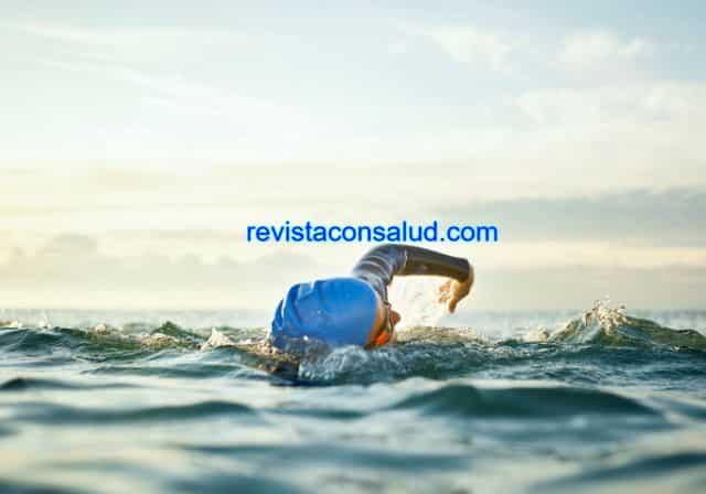Qué Significa Soñar Nadando en el Mar